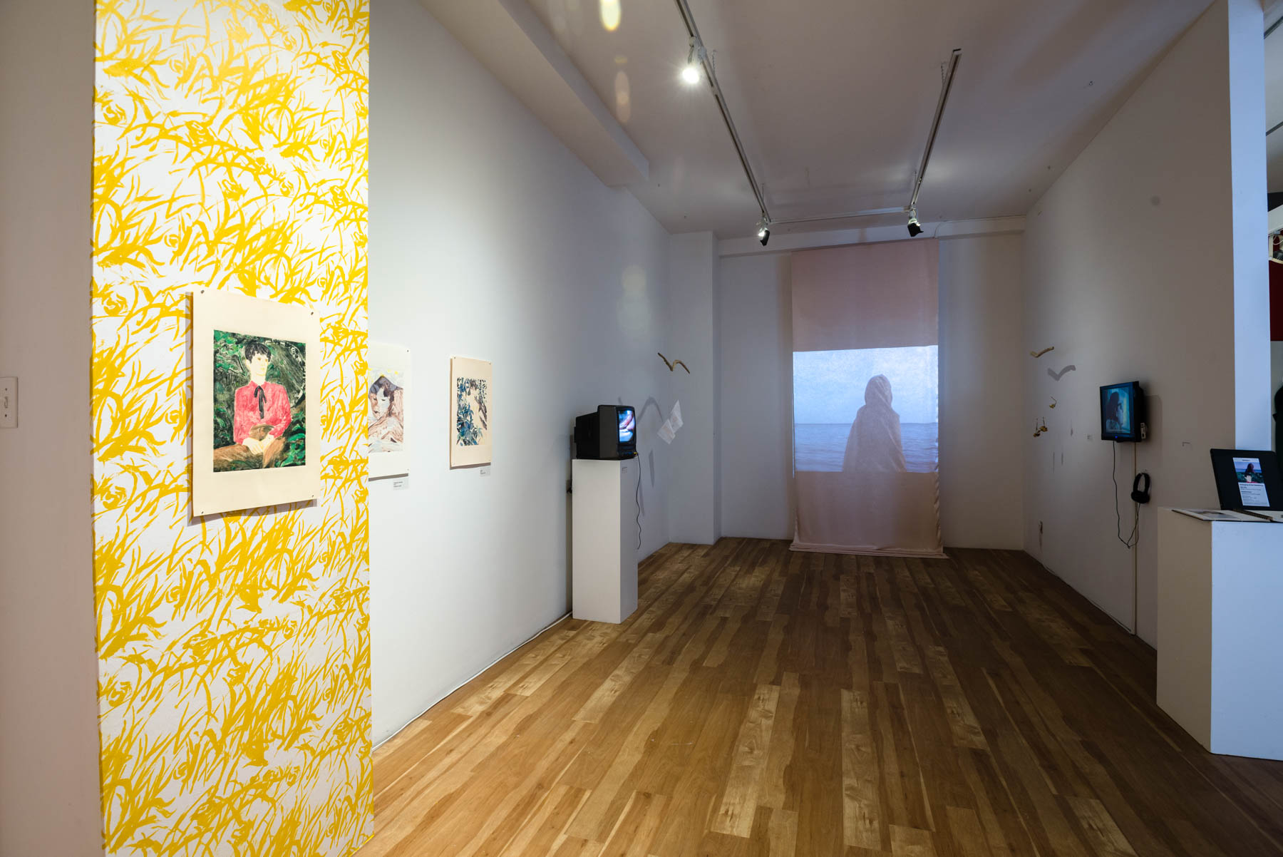 02-Installation shot. When You're In The Throes : learning to breathe again