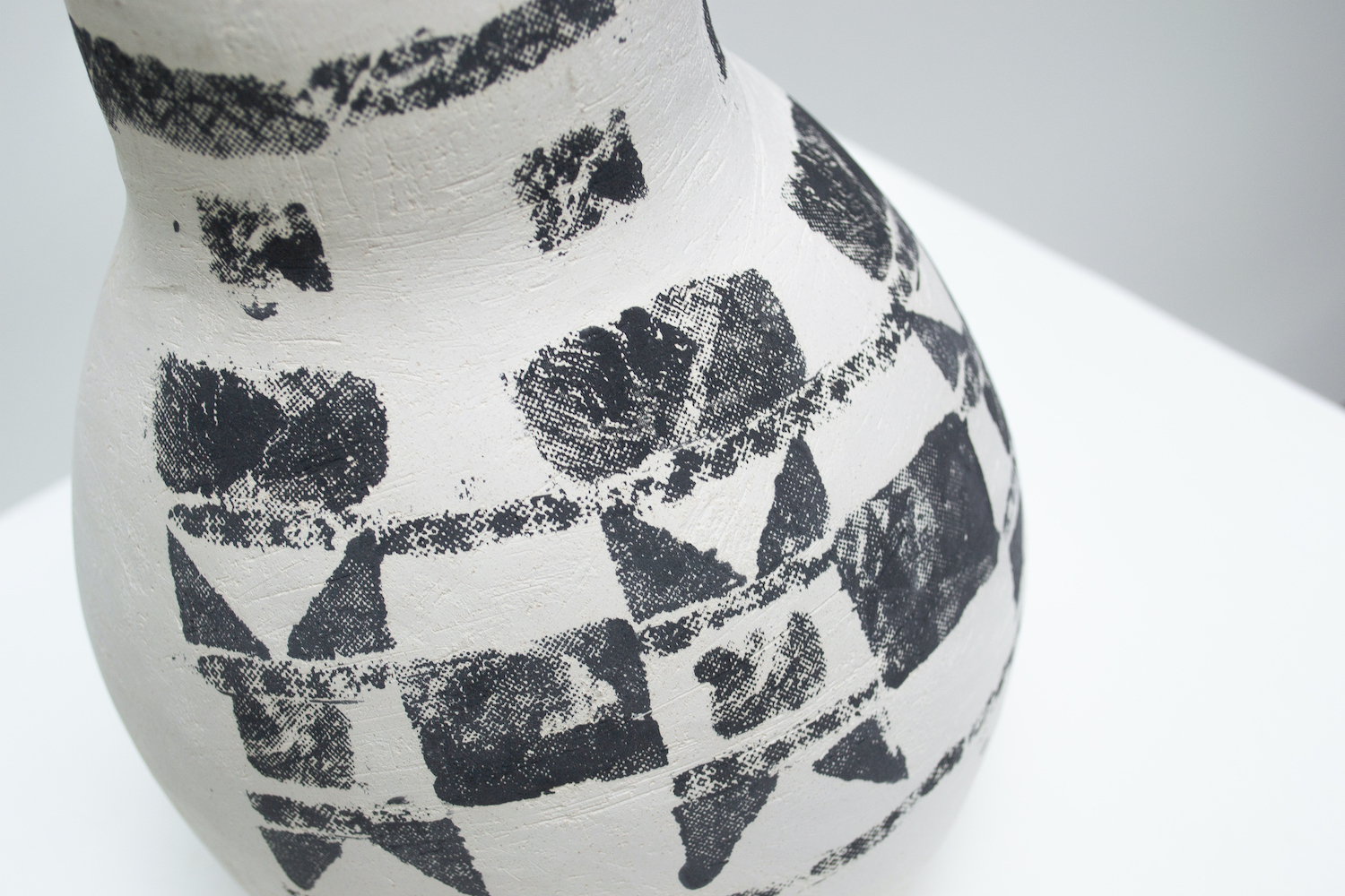quiltedvessels-16 Hannah deJonge / To Sash and Bind (Detail) - Screen-printed underglaze on stoneware 2020